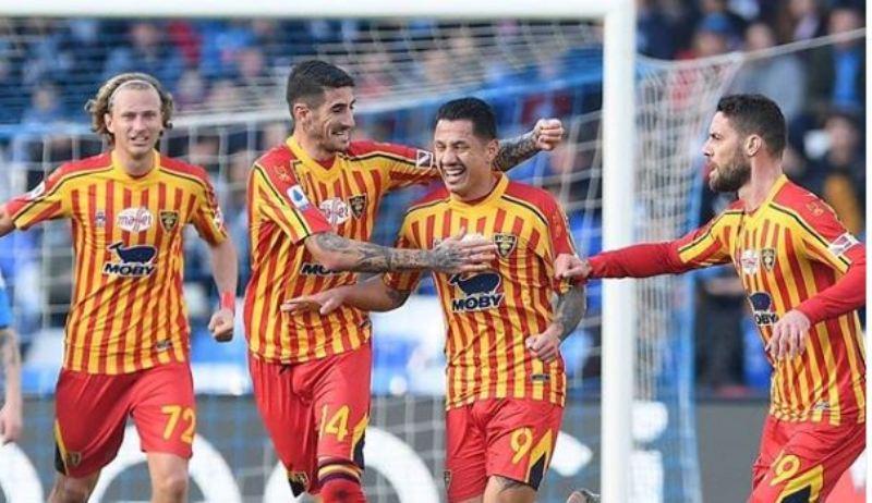 Napoli-Lecce 2-3, gli azzurri recriminano per un contatto ...