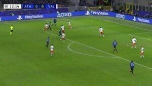 Gol Hateboer, Atalanta subito avanti contro il Valencia [VIDEO]