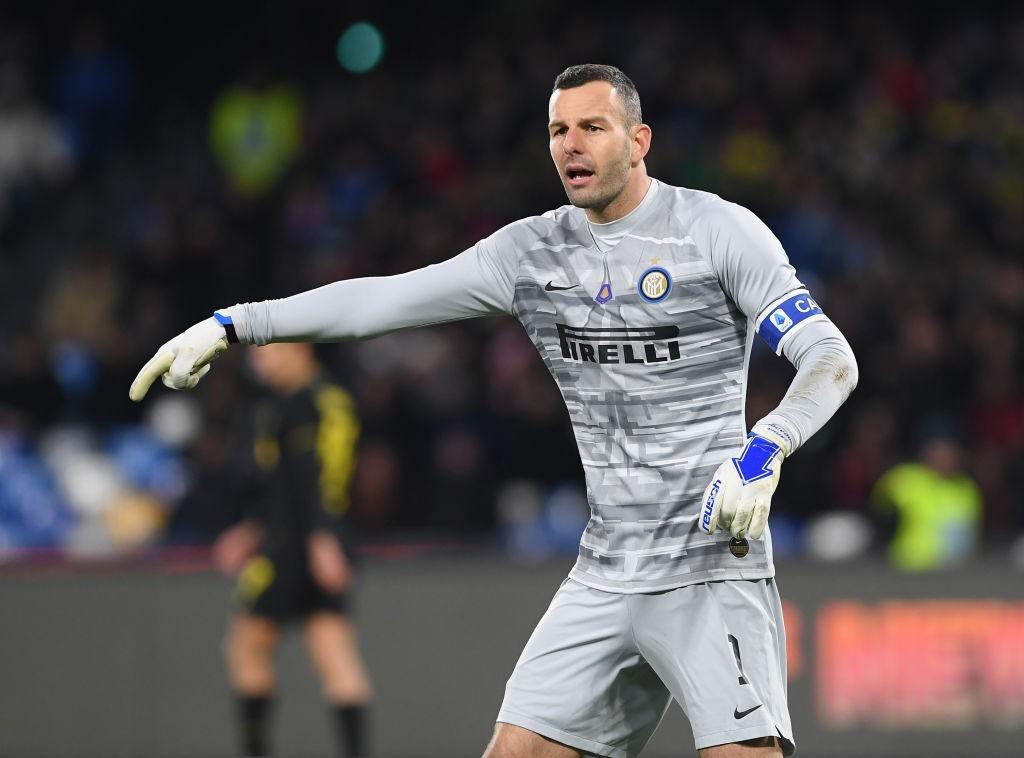 Handanovic (Photo by Francesco Pecoraro/Getty Images)