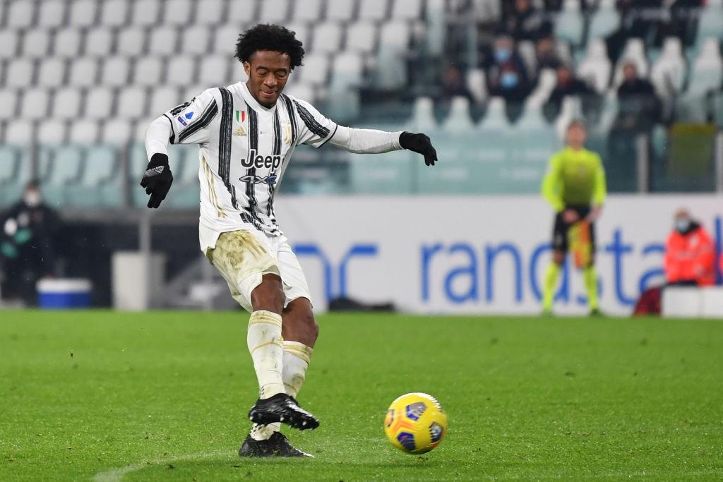 Juventus, buone notizie per Pirlo: Cuadrado è guarito dal Coronavirus, è convocato per il Napoli