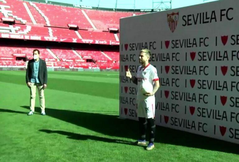 Siviglia, il Papu Gomez ricorda Maradona: la presentazione è commovente