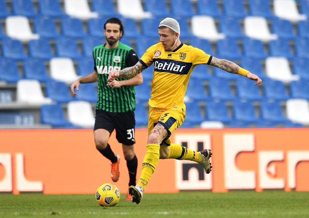 Sassuolo Parma 1 1, le pagelle di CalcioWeb: gravissimo errore di Busi, si salva De Zerbi [FOTO]