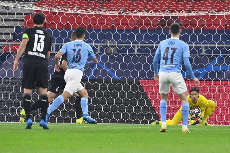 Manchester City inarrestabile, colpo grosso contro il Monchengladbach e qualificazione ipotecata [FOTO]