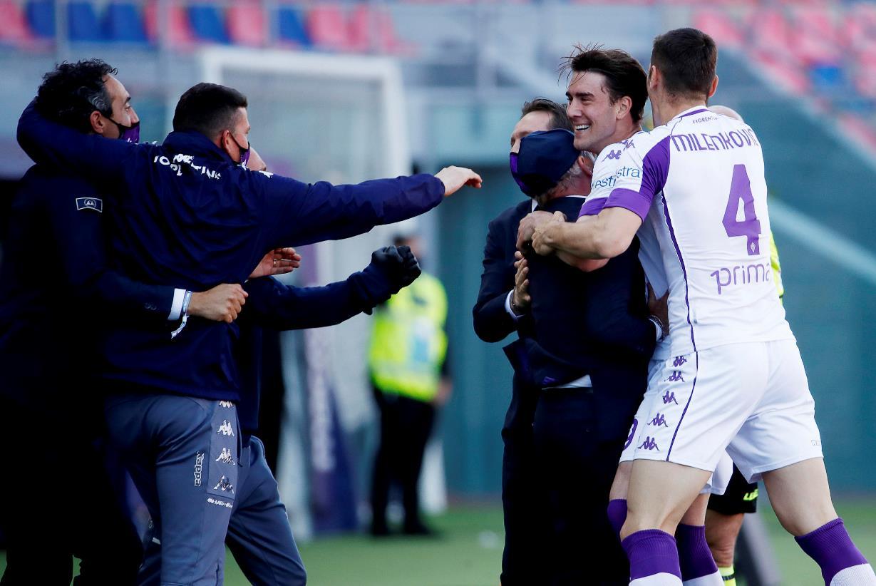 """Fiorentina, dall'Inghilterra: """"è duello in Premier League per Vlahovic a gennaio"""""""