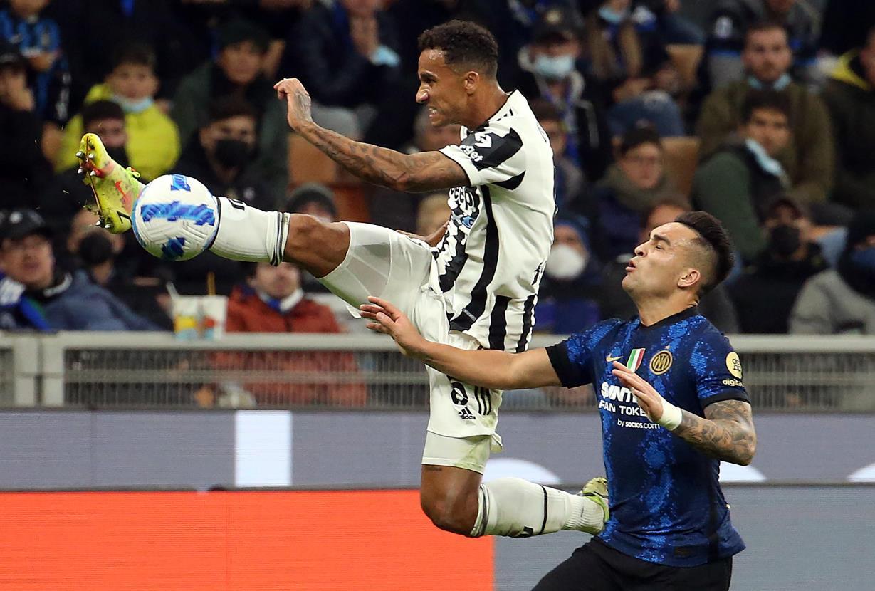 Juventus Napoli e Bologna Inter verso il rinvio: il 5 gennaio si giocherà la Supercoppa a San Siro