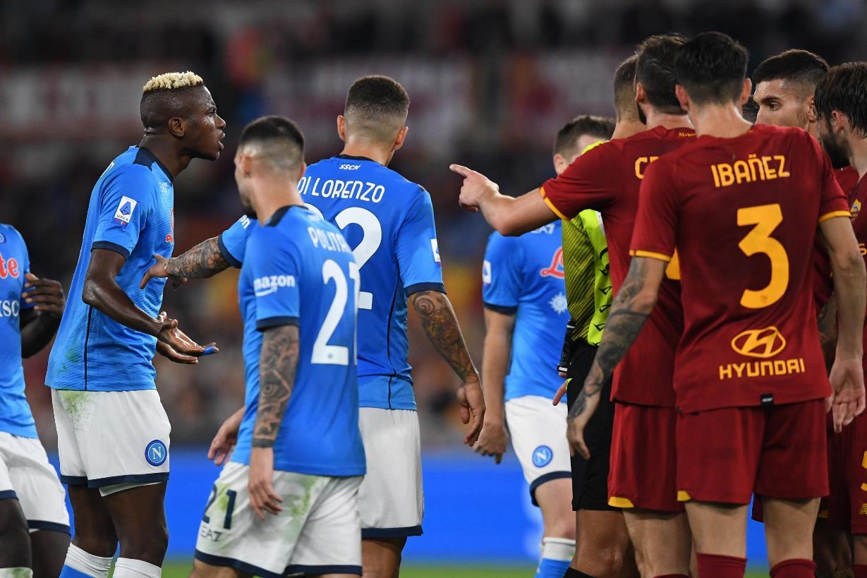 Il Napoli non vince per la prima volta: la Roma riscatta l'ultima debacle e ferma Spalletti